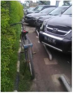 Sepedaku parkir di MM Bekasi