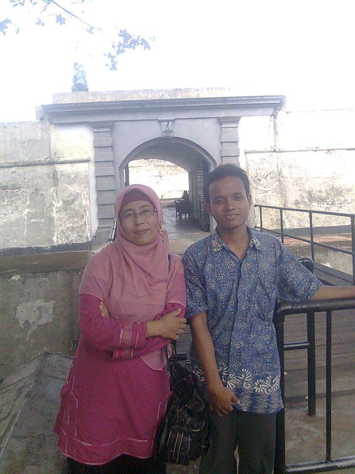 Toha Zakaria - Riatun Bengkulu